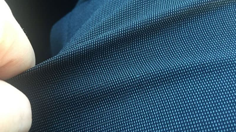 What are the pros and cons of polyester fabric