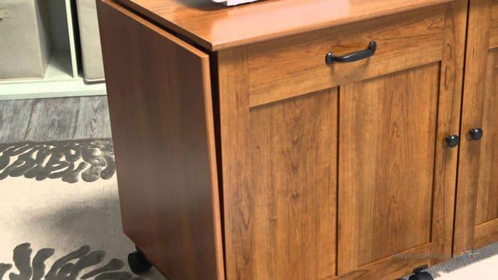 Minimalist-Sewing-Desk