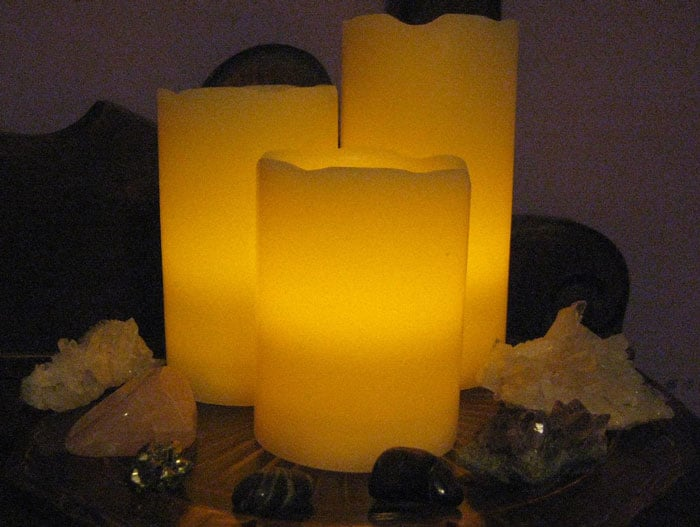 Flameless-Battery-Operated-Candles
