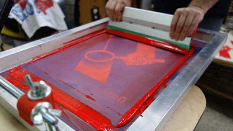 How To Print Onto Plastic Surface